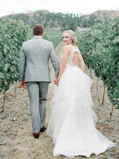 robes de mariée bleues et blanches