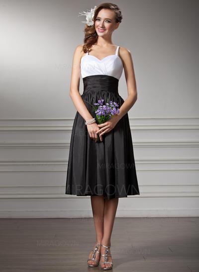 Luxueux Taffeta Robes demoiselle d'honneur Robe Empire Longueur genou Amoureux Sans manches (007001830)