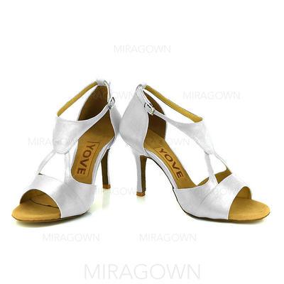 Femmes Latin Talons Satiné avec Boucle Ouvertes Chaussures de danse (053105615)