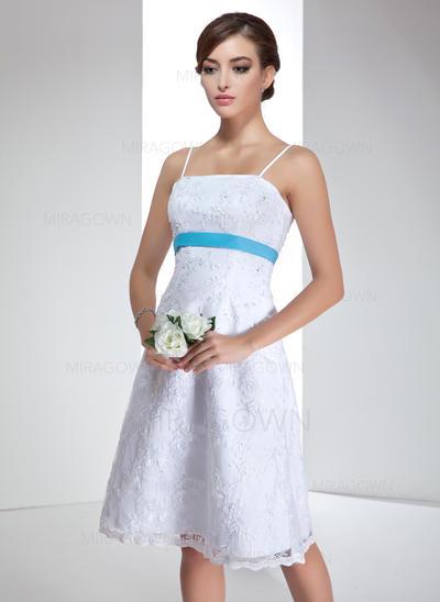 Robe Empire Dentelle Sans manches Sans bretelles Longueur genou Bretelles spaghetti Robes de mariée (002000020)