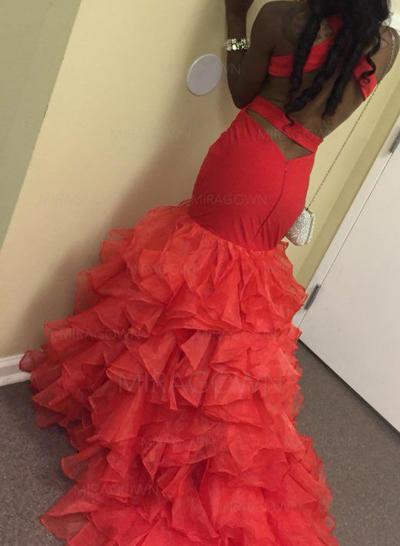 robes de bal ajustées serrées