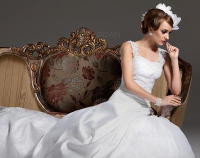 horrible mère des robes de mariée