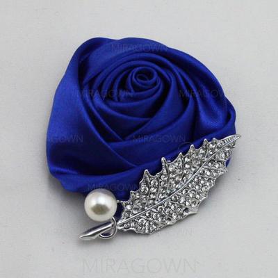 Boutonnière/Accessoires pour hommes Rond Mariage Satiné La couleur d'embellissement sont présentés comme image/couleur et le style peuvent varier selon le moniteur Fleurs de mariage (123084648)