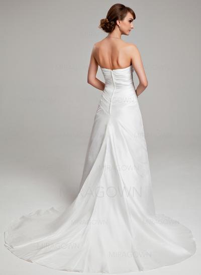 designer de robes de mariée grande taille