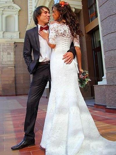 robes de mariée avec un train