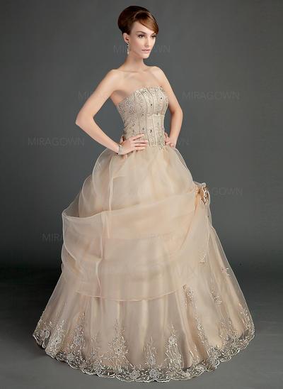 mère occasionnelle des robes de mariée