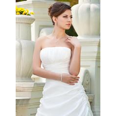 enkla långärmade bröllopsklänningar