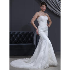 Trumpet/Mermaid Sweetheart Chapel Train Wedding Dresses With Beading Appliques (002000167)