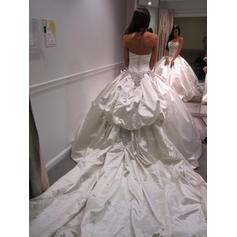 wedding dresses for very fat brides