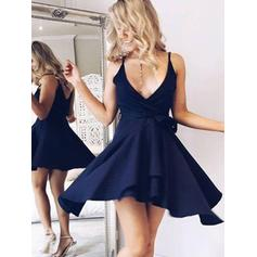 A-Line/Princess V-neck Short/Mini Chiffon Homecoming Dresses With Sash