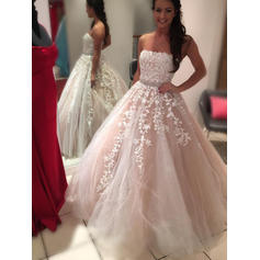 Ball-Gown Tulle Sleeveless Strapless Court Train Wedding Dresses