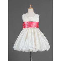 Luxurious Knee-length Empire Flower Girl Dresses Scoop Neck Taffeta Sleeveless