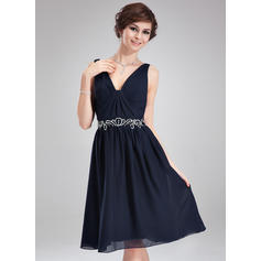 V-neck A-Line/Princess Sleeveless Glamorous Chiffon Cocktail Dresses (016210404)