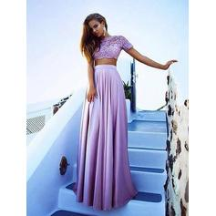 A-Line/Princess Floor-Length Prom Dresses With Appliques Lace