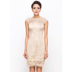 Sheath/Column Scoop Neck Knee-Length Lace Cocktail Dress With Beading Flower(s)