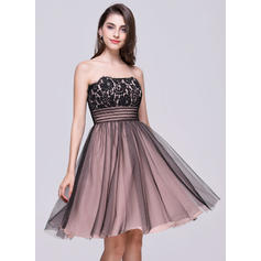 A-Line/Princess General Plus Tulle Lace Strapless Homecoming Dresses (022068812)