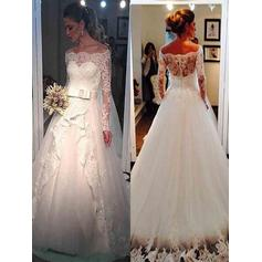 Tulle Ball-Gown Sweep Train Off-The-Shoulder Wedding Dresses Long Sleeves