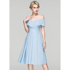 A-Line/Princess Off-the-Shoulder Satin Short Sleeves Knee-Length Ruffle Cocktail Dresses