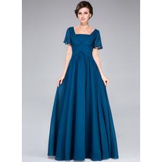 Forme Princesse Mousseline Manches courtes Encolure carrée Longueur ras du sol Fermeture éclair Robes mère de la mariée