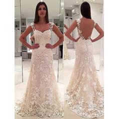 Sweetheart Sheath/Column Wedding Dresses Lace Appliques Lace Sleeveless Court Train