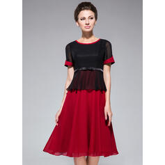 A-Line Scoop Neck Knee-Length Chiffon Mother of the Bride Dress With Bow(s) (008042832)