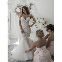 Stunning Off-The-Shoulder Trumpet/Mermaid Wedding Dresses Chapel Train Organza Sleeveless