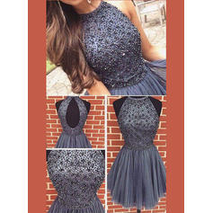 A-Line/Princess High Neck Short/Mini Tulle Homecoming Dresses With Beading