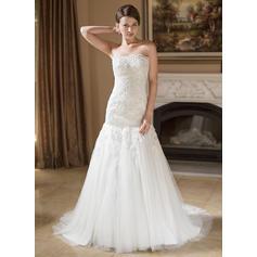Trumpet/Mermaid Tulle Sleeveless Strapless Court Train Wedding Dresses (002004148)