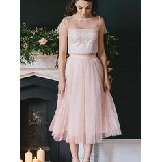 A-Line/Princess Scoop Neck Tea-Length Tulle Homecoming Dresses With Beading