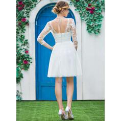 simple classic wedding dresses uk
