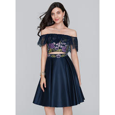 Satiné Sans bretelle Forme Princesse Hors-la-épaule Robes de soirée étudiante (022214146)