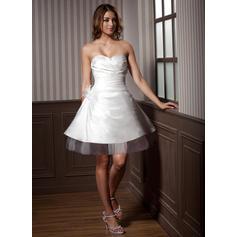 abiti da sposa senza schienale in linea