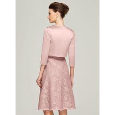 Corte A Decote redondo Coquetel Renda Vestido para a mãe da noiva com Beading (008062575)