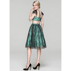 short form fitting cocktail dresses
