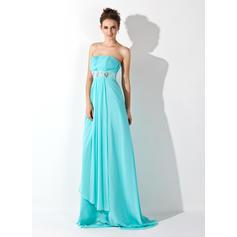 una línea de vestidos de noche largos 2020