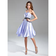 A-Line/Princess Sweetheart Knee-Length Cocktail Dresses With Ruffle Sash Beading