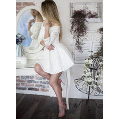 A-Line/Princess Off-the-Shoulder Short/Mini Homecoming Dresses With Ruffle (022216360)