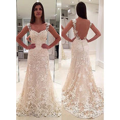 Magnificent Court Train Appliques With Lace Wedding Dresses