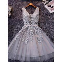 A-Line/Princess V-neck Short/Mini Homecoming Dresses With Sash Appliques