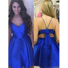 Fashion Homecoming Dresses A-Line/Princess Knee-Length V-neck Sleeveless