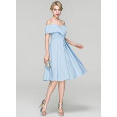 short cocktail dresses with sleeves