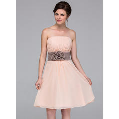 A-Line/Princess Chiffon Bridesmaid Dresses Sash Flower(s) Strapless Sleeveless Knee-Length (007198223)