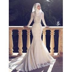 Chic Sweep Train Trumpet/Mermaid Wedding Dresses Scoop Tulle Long Sleeves
