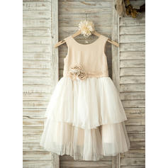A-Line/Princess Knee-length Flower Girl Dress - Tulle Sleeveless Scoop Neck With Flower(s)