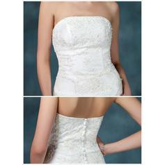 vestidos de novia con la espalda hacia fuera