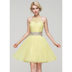 A-Line/Princess Scoop Neck Knee-Length Chiffon Homecoming Dresses With Beading Sequins