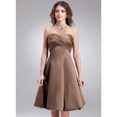 Empire Sweetheart Knee-Length Bridesmaid Dresses With Ruffle (007001880)