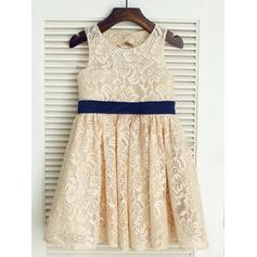 A-Line/Princess Scoop Neck Knee-length With Sash/Bow(s) Lace Flower Girl Dresses