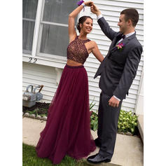 Tulle Sleeveless A-Line/Princess Prom Dresses Scoop Neck Beading Sequins Sweep Train