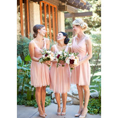 A-Line/Princess Chiffon Bridesmaid Dresses Ruffle V-neck Sleeveless Knee-Length